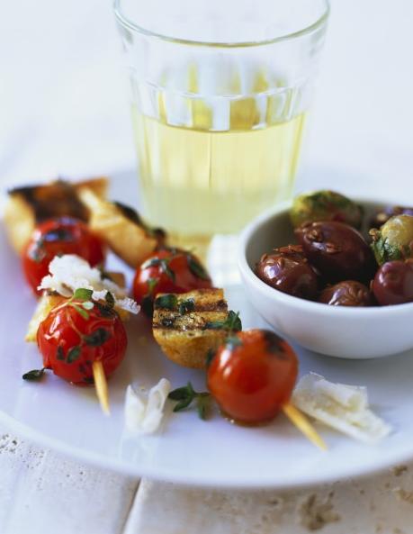 brochettes tomates et fruits
